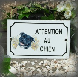 plaque maill e attention au chien d cor staffordshire. Black Bedroom Furniture Sets. Home Design Ideas