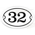 Plaque ovale blanc numéro noir
