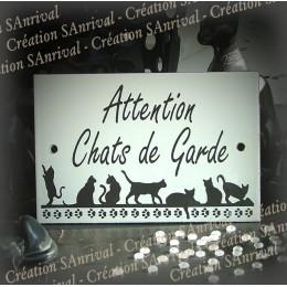 """Plaque émaillée blanche """"Attention Chats de Garde"""""""