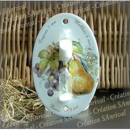 Sablier émail blanc décor poire raisins