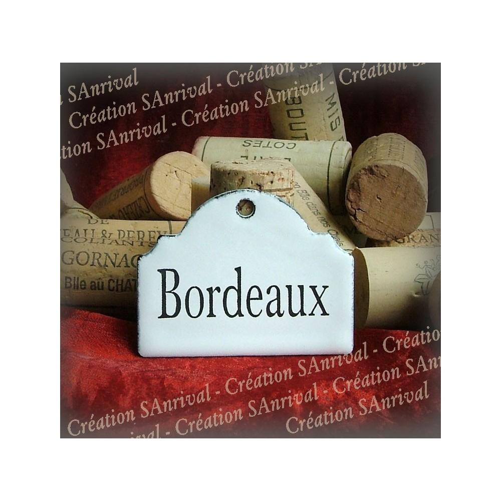 Petite Etiquette en émail blanc pour la cave : Bordeaux