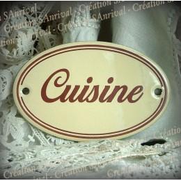 Ivory enamel plate : Cuisine