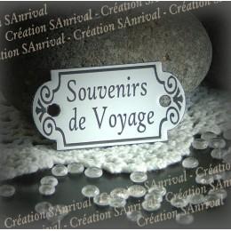 """Petite plaque émaillée forme retro """"Souvenirs de Voyage"""""""
