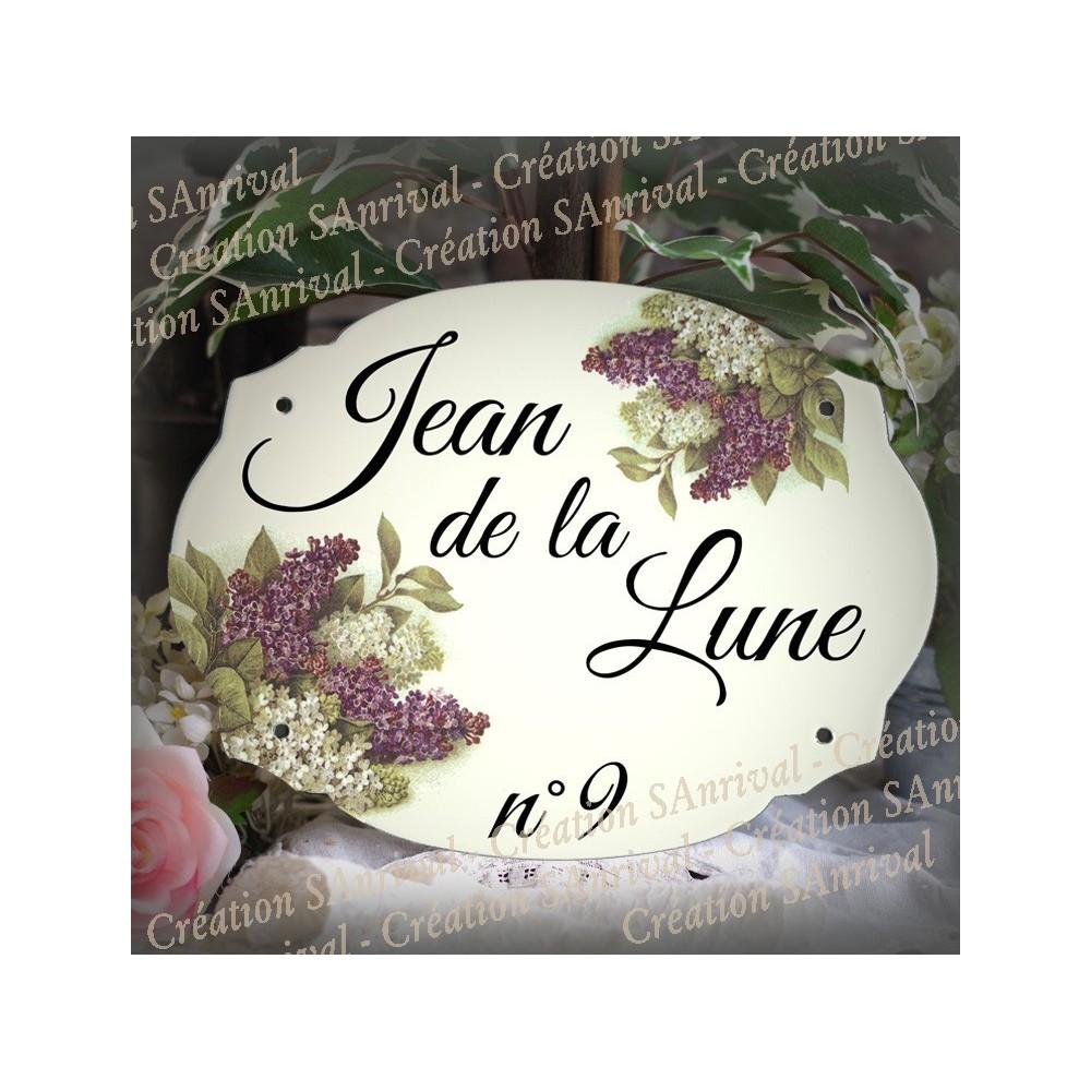 Plaque en émail blanc décor lilas