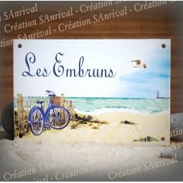 Plaque maison émaillée décor Dunes et vélo