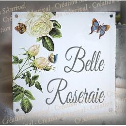 Plaque maison émaillée décor Roses Blanches 15x15cm