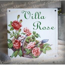 Plaque maison émaillée décor Panier de Roses 15x15cm