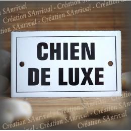 "Enamel plate ""Chien de Luxe"" with border"