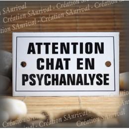 """Plaque émaillée 10x6cm """"Attention Chat en Psychanalyse"""" avec filet"""
