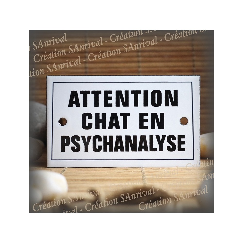 """Enamel plate """"Attention Chat en Psychanalyse"""" with border"""