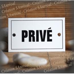 "Enamel plate ""Privé"" with border"